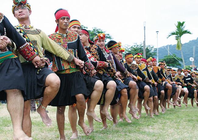 魯凱族-〈小米收穫祭〉樂慶豐收.png